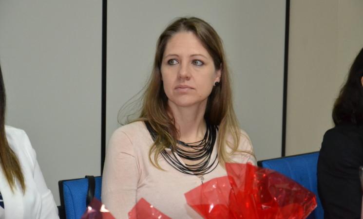 Primeira-Dama Karina Soligo participa de evento na AMAU