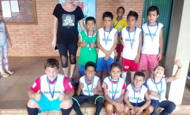 Torneio de Futebol 7 dos Projetos Sociais da região  reuniu mais de 130 crianças e jovens