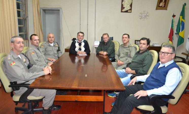 Comandante Regional de Policiamento Ostensivo do Planalto faz visita de cortesia ao Prefeito de Getúlio Vargas Mauricio Soligo