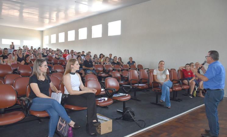 Formação Continuada marca o início do ano letivo na Rede Municipal de Ensino de Getúlio Vargas