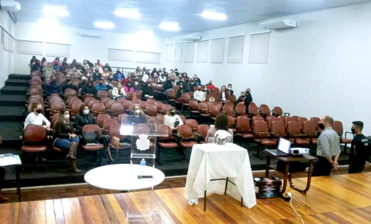 Segurança nas escolas é tema de conferência em Getúlio Vargas