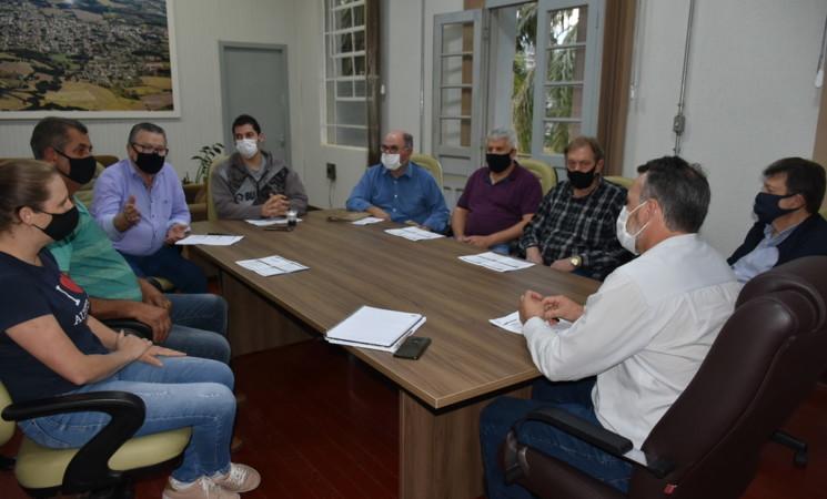 Prefeito Soligo e vice Pasa se reúnem com presidentes dos partidos da Coligação que venceu as eleições em 2020