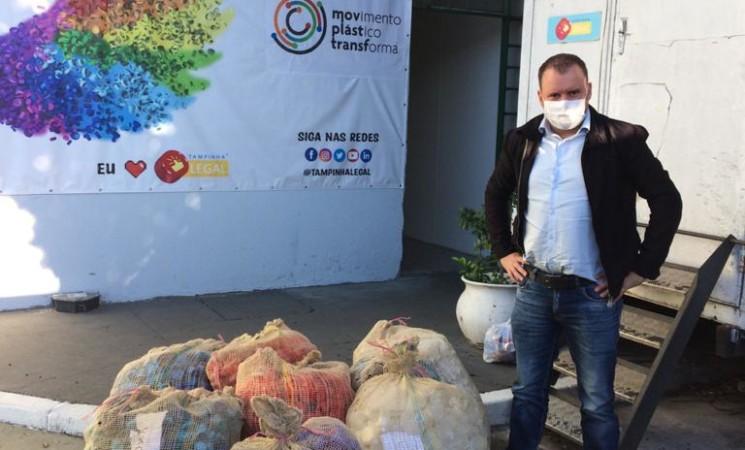 Entregues mais de 150 Kg de tampinhasde plástico para reciclagem
