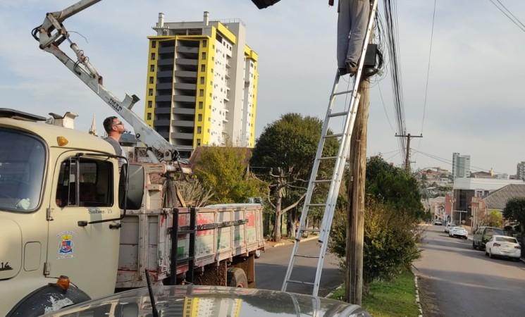 Prefeitura de Getúlio Vargas inicia troca de lâmpadascomuns por lâmpadas de LED no município